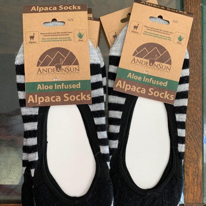 No Show Stripes Alpaca Socks (Ballet)