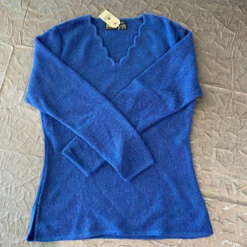 Women's V-Neck Sweater in 100% Alpaca