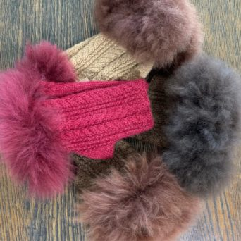 Cable Knit Fingerless Gloves With Fur Accent