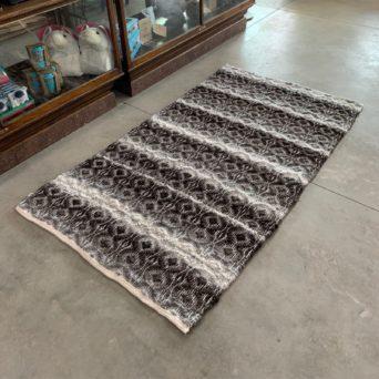4x6 Alpaca Rug - Black and Grey Pattern