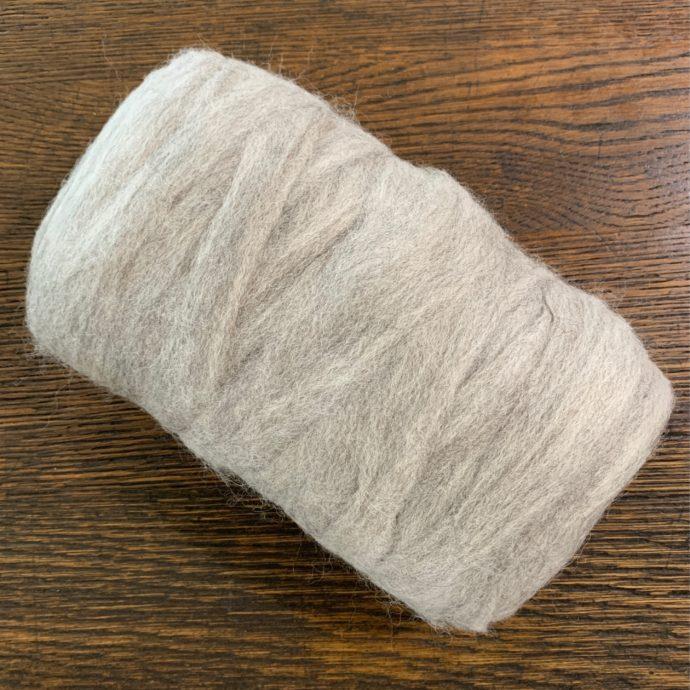 Grade 4 Alpaca Roving Light Silver Grey 6.9 oz