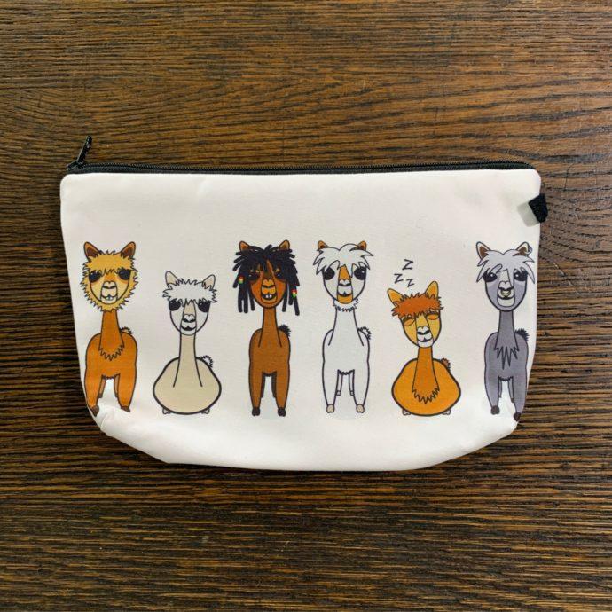 Cream Makeup Bag With Cartoon Alpacas
