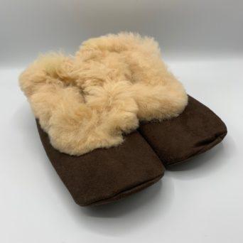 Unisex Alpaca Fur Slippers in Medium